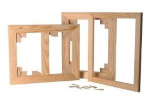 Châssis nus en bois pour fabriquer un châssis entoilé.